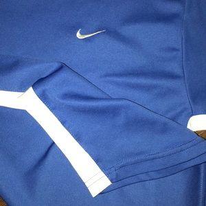 Nike active tee